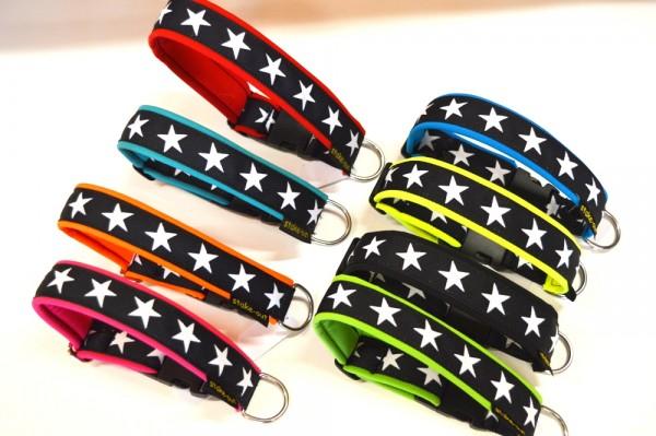 breites Klick Halsband mit Sternen & Polsterung